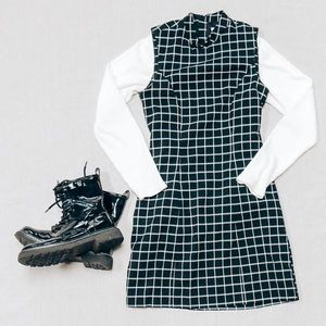 H&M Vintage Plaid Mock Neck Sleeveless Dress